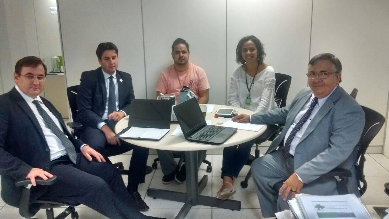 Reunião com a Dra. Luanna Costa e Corpo Técnico do CNES - 19 de Outubro