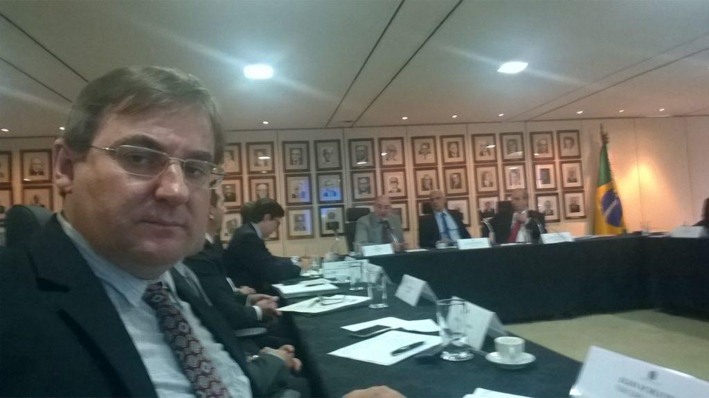 Egon Schlüter - Presidente da CONFENACT, na reunião do CONAD